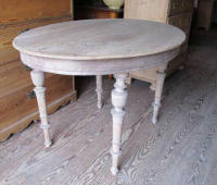 antique oval Swedish table